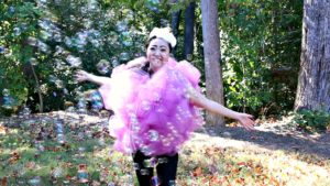 diy-halloween-costume-loofah-bubbles-2-edited
